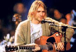 Cobain'in gitarı açık artırmada