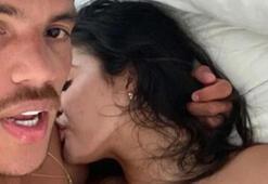 Dos Santostan şok görüntüler Yatakta çıplak...