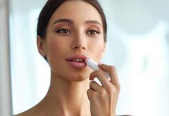 Kendin yap: Lavantalı vegan dudak balsamı