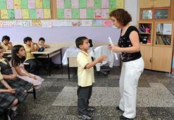 Öğretmenlerin iller arası yer değiştirme başvuruları ne zaman, şartları neler İşte yeni maddeler...