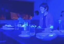 Corona virüsün yayılma hızını videolu deneyle gösterdiler