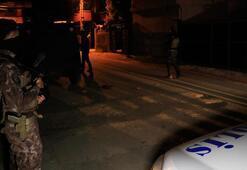 Adana'da bir evin bahçesine ses bombası atıldı