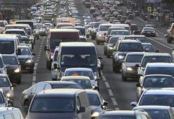 Özel araçla şehirler arası seyahat etmek için izin belgesi gerekli mi Şehirler arası seyahat yasakları ne zaman sona erecek, yollar ne zaman açılacak