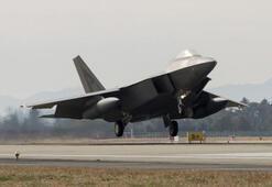 ABD ordusunun en pahalı uçağı F-22 Floridada düştü