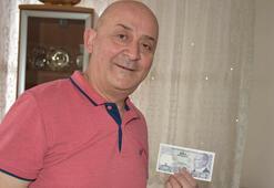 40 yılda100 bin lira değerindepara koleksiyonu oluşturdu