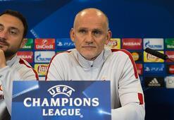 Taffarel: Türkiye artık UEFA Kupası'nı şampiyonluğunu ve dünya üçüncülüğünü unutmalı