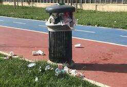 İsyan ettiren olay Park çöple doldu taştı