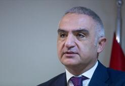 Bakan Ersoy: Turist alınan 70 ülkeye niyet mektupları iletildi
