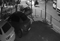 Motosiklet ile otomobil kavşakta böyle çarpıştı
