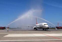 8 milyondan fazla kişinin bilet aldığı uçak Samsun'a indi