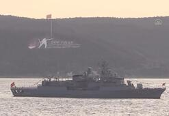 TCG Oruçreis gemisinin personelleri İstiklal Marşını hep bir ağızdan söyledi