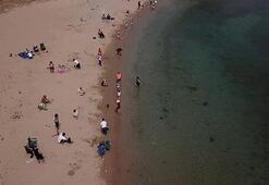 Son dakika... İstanbulda 4 saatlik sokağa çıkma izni ile çocuklar sahile akın etti