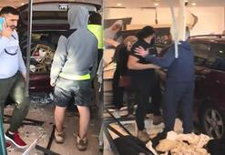 Avustralya'da araç, Müslümanlara yönelik kıyafet satan mağazaya daldı: 11 yaralı