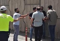 Son dakika... Karabük'te ehliyetsiz sürücü dehşeti Bıçakla çevresine saldırdı
