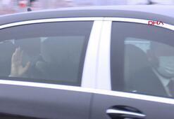 Cumhurbaşkanı Erdoğan makam aracında maske taktı