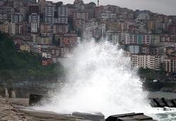 Zonguldakta yağmur ve rüzgar etkili oldu