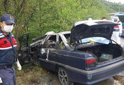 Çay işçilerinin otomobili direğe çarpıp alev aldı 3 ölü, 1 yaralı