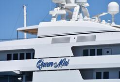 Marmarise gelen mega yat Queen Miriye 210 bin litre yakıt ikmali yapıldı