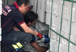 Sesleri duyan vatandaşlar fark etti, itfaiye ekipleri yardıma koştu