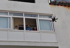 Drone ile çocuklara bayram harçlığı