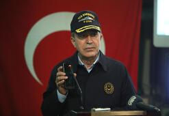 Son dakika Cumhurbaşkanı Erdoğan, Bakan Akarla telefonla görüşerek Mehmetçiğin bayramını kutladı