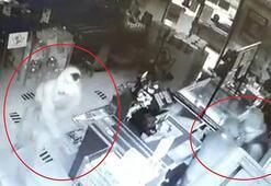 Markete giren 4 kişi içki ve sigara çaldı