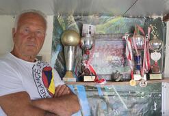 Fenerbahçenin UEFA Kupalı antrenörü artık kuş ve köpek yetiştiriyor