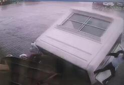 Şiddetli fırtına kulübeyi böyle savurdu