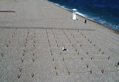 Dünyaca ünlü Konyaaltı sahilinde 9 metrekarelik yeni normal düzenlemesi