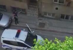 Polisi gören çocuk ağladı; polis vatandaşlara sitem etti