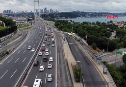 İstanbul trafiğinde son durum... 15 Temmuz Şehitler Köprüsüdeki yoğunluk havadan görüntülendi
