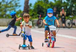 Antalyanın park ve bahçelerinde çocuk sesleri