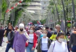 Binlerce kişi oraya akın etti Kısıtlama sonrası korkutan rehavet görüntüsü