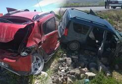 Kayseride feci kaza 5 kişi yaralandı