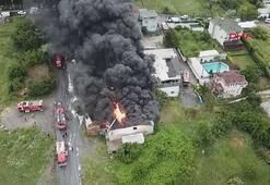 Avcılar'da plastik madde üretimi yapılan bir fabrikada yangın çıktı.