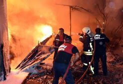 Marmariste gece yarısı korkutan yangın Apartman boşaltıldı
