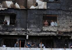Avcılarda yangın dehşeti Alevler tüm binayı sardı