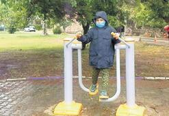 Çocuklar, yağmur engeline takıldı