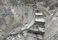 Türkiyenin en yüksek barajı 205 metreye ulaştı