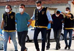 Adana'da 2 kardeş otostop çektikleri otomobili gasbetti