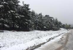 Son dakika... Mayıs ayında kar sürprizi Antalya ve Ankara beyaza büründü