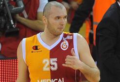 Eski Galatasaraylı Milan Macvan basketbolu bıraktı