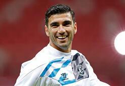 Arsenal ve Sevilla, Reyesi unutmadı
