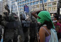 ABDdeki protestoları takip eden TRT World ekibine iki ayrı saldırı