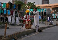 Pakistanda corona virüs vaka sayısı 80 bini aştı