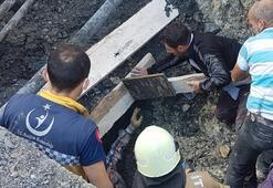 Esenyurtta toprak altında kalan bir işçi itfaiye ekipleri tarafından kurtarıldı