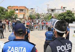 Karantina süresi uzatılan mahalle, polisle karşı karşıya geldi