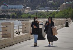 Azerbaycanda hafta sonu sert karantina rejimi uygulanacak