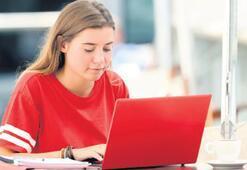 Üniversitelerde derslerin yüzde 40'ı, online verilebilecek