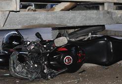 3 gün önce aldığı motosikletle traktörün altında kaldı